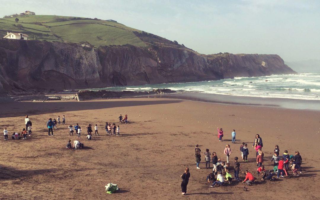 Hoy nuestros alumnos de 4-5 años, han pasado un día maravilloso en la playa